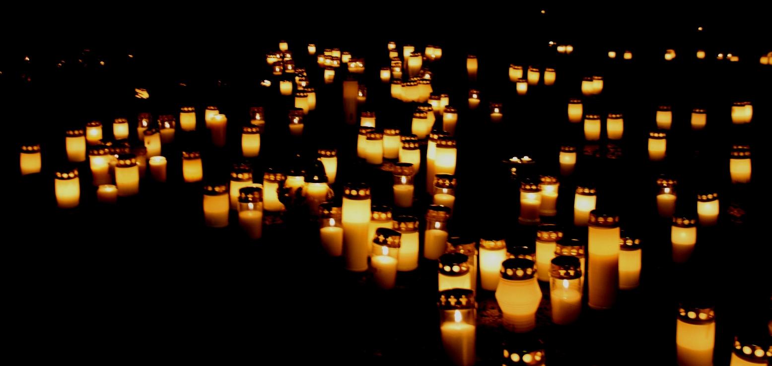 Pyhäinpäivä Kynttilä